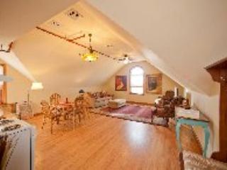 Romantic Luxury Winery Apartment - Image 1 - Jamesport - rentals