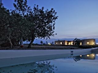 CR100VENDICARI - Villa Vendicari - Noto vacation rentals