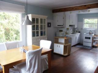 Gorgeous Sauble Beach Cottage for Rent - Sauble Beach vacation rentals