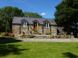 Seaview Cottage - Plas Llanfair - Anglesey - Benllech vacation rentals