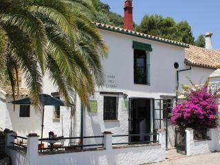 Molino El Vínculo Casa del Guarda vuelve al pasado - Sierra de Grazalema Natural Park vacation rentals