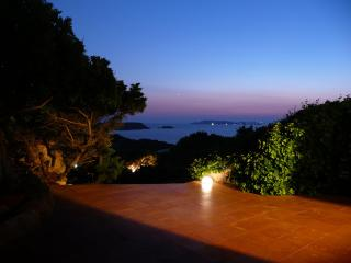 B&B Villa Arte - MATRIMONIALE - La Maddalena vacation rentals