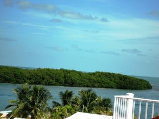 Luxurious 3bd/3bth Villa - Your Keys Escape - Marathon vacation rentals