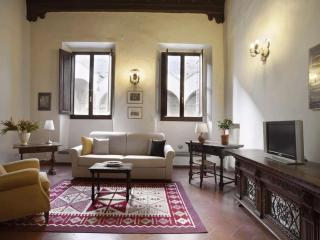 Cozy and Spacious Vacation Rental in Florence's Hi - Florence vacation rentals