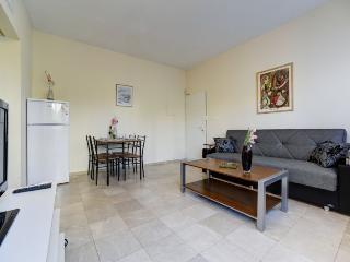 Dizengoff 218 APT 10 - Gedera vacation rentals