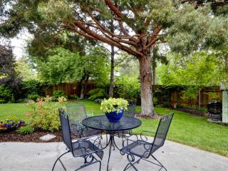 Boise's Gem, a Quiet Retreat Next to Downtown/BSU - Southwestern Idaho vacation rentals