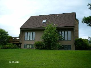 Enjoy 4 Bed/3Bath and true resort living - Galena vacation rentals