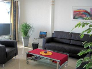 LLAG Luxury Vacation Apartment in Bremerhaven - 990 sqft, newly renovated, wonderful, relaxing (# 4148) - Bremen vacation rentals
