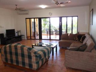 Luxury three bedroom apartment in CBD - Top End vacation rentals