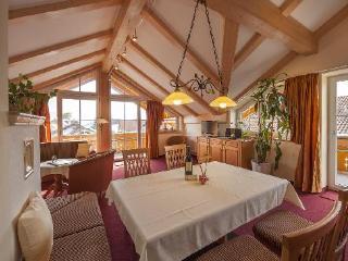 LLAG Luxury Vacation Apartment in Schwangau - comfortable, exclusive, central (# 4150) - Schwangau vacation rentals