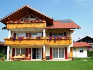 LLAG Luxury Vacation Apartment in Schwangau - 484 sqft, comfortable, exclusive, central (# 4151) - Schwangau vacation rentals
