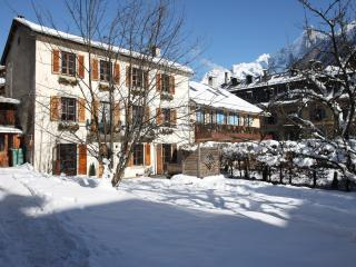 6 Bedroom Ski-in Chalet In Central Chamonix - Montriond vacation rentals