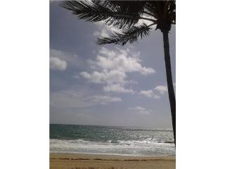 Direct Oceanfront Studio....Spectacular Ocean Views - Lauderdale Lakes vacation rentals
