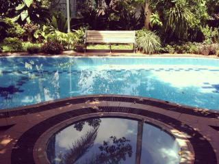 Beautiful Tropical Villa - 'BougainVilla' - Colombo vacation rentals