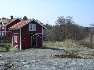 Cottage with seaviuw - Östergötland vacation rentals