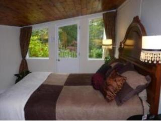 River and Rose B&B - Abbotsford vacation rentals