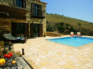 Experience villas Chrysa private with sea views - Exopoli vacation rentals