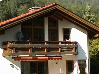 Vacation Apartment in Garmisch-Partenkirchen - 452 sqft, comfortable, pleasant, relaxing (# 4165) - Bad Kohlgrub vacation rentals