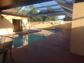 Fabulous pool home at 5 min. to Siesta Key - Sarasota vacation rentals