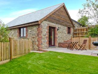 JENNY WREN, en-suite facilities, dogs welcome, wodburner in Bradworthy near Bude, Ref. 22849 - Devon vacation rentals