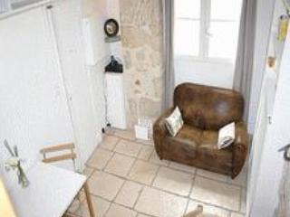 Marais studio 620€/W-Sevigné (apt 1239) - Image 1 - Paris - rentals
