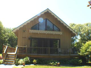 aqua Chalet **7/19-7/26 $1895 HOT TUB FIRE PIT - Union Pier vacation rentals