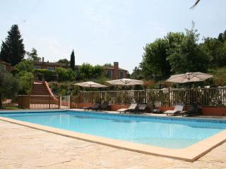 Gite de la Lavande, Pet-Friendly 3 Bedroom Cottage - Var vacation rentals