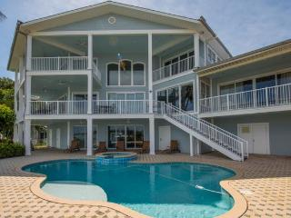 Beachcomber's Luxury Home - 5 Bdrs - Private Pool - Clearwater Beach vacation rentals