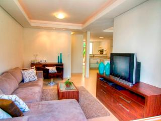 Praia Mole 4 bed / 4 bathTownhome Ideally Located! - State of Acre vacation rentals