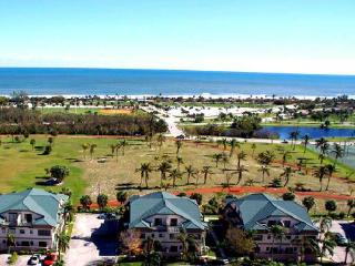 Jupiter Retreat  Walk to beach, shops 3 BR 2.5 Ba - Juno Beach vacation rentals