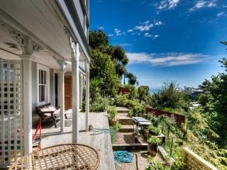 FANTAIL ROOMS @ COTSWOLD HOUSE. - Napier vacation rentals