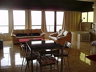 2 BR amazing indulging near Baha'i gardens perfec - Acre vacation rentals