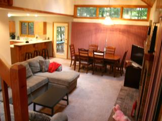 Deer Park - 5 minutes to Loon Mountain - White Mountains vacation rentals
