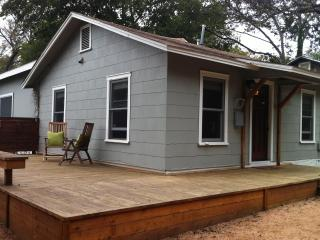 2/2 Hip SoCo Getaway- Perfect for SXSW! - Austin vacation rentals