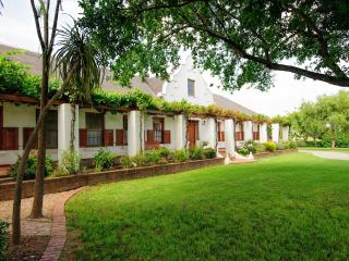 Beausoleil - cosy accommodation for a couple - Bonnievale vacation rentals