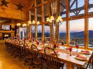 Swim Spa,Elevator 7,000 Sq Ft,Pool Table & more - Gatlinburg vacation rentals