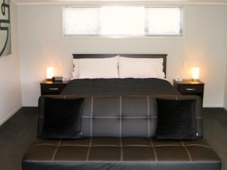 No.1 Luxury Studio Accommodation - Russell vacation rentals