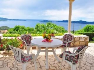 Two bedroom apartment  (4+1) with beautiful view to the Elaphite Islands - Dubrovnik vacation rentals