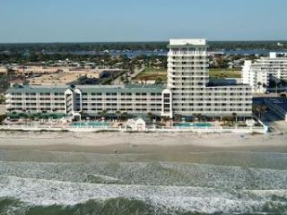 Daytona Beach Resort & CC/City View Studio - Daytona Beach vacation rentals