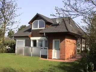 Vacation Home in Nieblum - quiet, comfortable, modern (# 4188) - Schleswig-Holstein vacation rentals