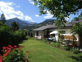 Vacation Bungalow in Gmuend - 646 sqft, nice view, quiet, comfortable (# 4201) - Carinthia vacation rentals