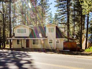 Pet-friendly, space for 12, short walk to Heavenly skiing - South Lake Tahoe vacation rentals