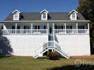 5BD/4BA Folly Beach Home-1 Block off Beach - Folly Beach vacation rentals