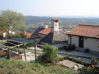 Apartment Stanarjevi,  Stanjel, Kras - Vipava vacation rentals
