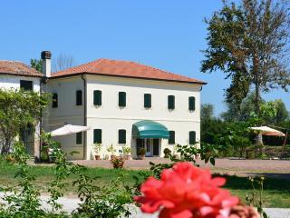 Agritourism Corte Bonicella - Cona vacation rentals