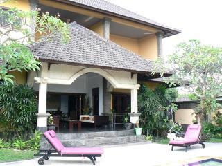 Discounted-  Villa Este 3 bdrm home away from home - Seminyak vacation rentals