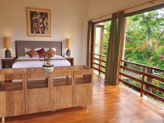 Bali Villa Close to Beach, Shops & Restaurants - Kerobokan vacation rentals