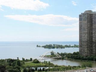 View from the balcony. - Cozy 1BD with Spectacular View. - Toronto - rentals