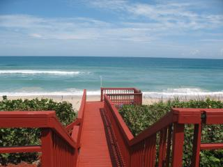 GOLDEN SANDS® RUBY - Luxury Beachfront 4800 sqft - Sebastian vacation rentals