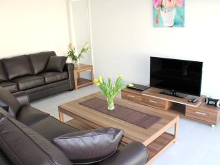 35 CITY LODGE SYDNEY  - AFFORDABLE QUALITY - Sydney vacation rentals